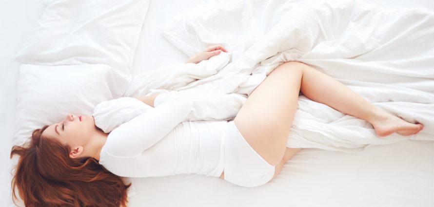 Femme en train de dormir paisiblement